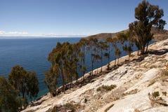 Isla del sol sur le lac Titicaca, Bolivie photographie stock libre de droits