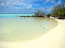 Isla desierta en Maldivas Fotografía de archivo