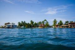 ISLA-DOPPELPUNKT, PANAMA - 25. APRIL 2015: Doppelpunkt-Insel Stockfotos