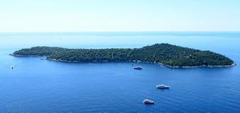 Isla en el mar adriático Fotografía de archivo