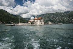 Isla en el mar adriático imagen de archivo libre de regalías