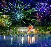 Isla festiva del fireworks.tropical del Año Nuevo Fotos de archivo libres de regalías