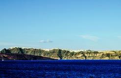 Isla Grecia de la montaña y de Volcano On Thera Santorini Oia del sueño Imagen de archivo libre de regalías