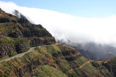 Isla Madiera Niebla en montañas Foto de archivo libre de regalías