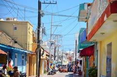 Isla Mujeres, Mexico - Maart 03, 2014: Straat op Isla Mujeres in Mexico tijdens festival royalty-vrije stock foto