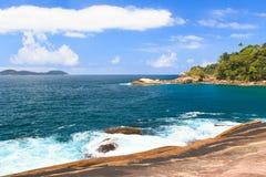 Isla pacífica Ilha grande, el Brasil Foto de archivo