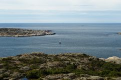 Isla Suecia bohuslan del velero de Marstand foto de archivo