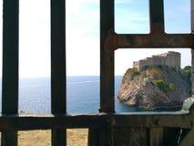 Isla a través de la puerta Fotos de archivo