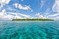 Isla tropical del paraíso de la turquesa de Siladen fotos de archivo