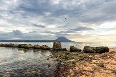 Isla tropical del paraíso de la turquesa de Siladen Fotografía de archivo libre de regalías