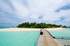 Isla tropical en Maldives fotos de archivo