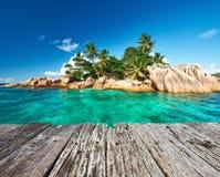 Isla tropical hermosa Imágenes de archivo libres de regalías