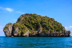 Isla y nadie de la naturaleza escena del mar Imágenes de archivo libres de regalías