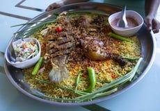 Islam de la comida de la cena del Ramad?n del arroz de Biryani, concepto: Comida cocinada deliciosa del hyderabadi para la gente  imagenes de archivo