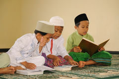 Islam  Kids Reading Koran Royalty Free Stock Photos