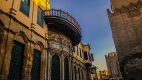 Islamisk historiebyggnad fotografering för bildbyråer