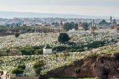 Islamisk kyrkogård i Fez, Marocko Arkivfoto