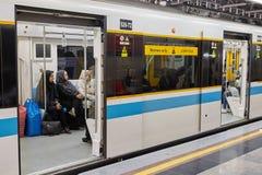 Islamisk republik av Iran, gångtunnelvagn endast för kvinnor, Teheran Fotografering för Bildbyråer
