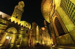 Islamitisch Kaïro bij nacht. Stock Foto's