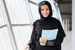 Islamitisch universiteitsmeisje royalty-vrije stock fotografie