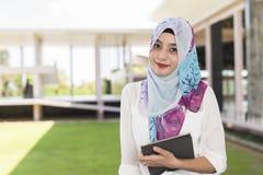 Islamkvinna Fotografering för Bildbyråer