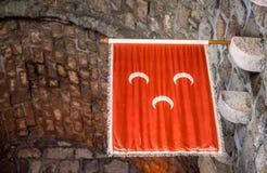 Islamski Osmańskiego imperium flaga obwieszenie w Bodrum kasztelu zdjęcie royalty free