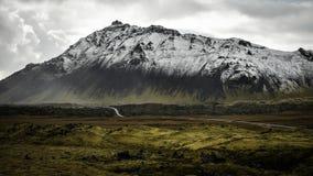 Island bergsikt arkivfoto