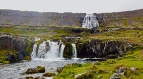 Island, Dynjandi-Wasserfall in Wesfjords stockfotografie