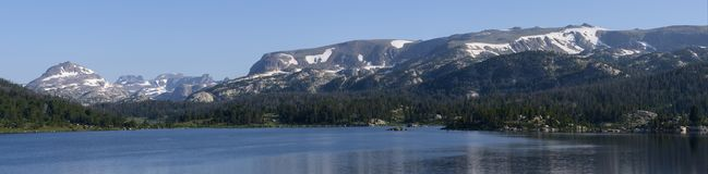 Island Lake in the Beartooth Mountains royalty free stock photos