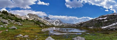 Island Lake in the Wind River Range, Rocky Mountains, Wyoming, views from backpacking hiking trail to Titcomb Basin from Elkhart P. Ark Trailhead going past stock images
