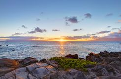 Free Island Maui Cliff Coast Line With Ocean. Hawaii. Royalty Free Stock Images - 27600359