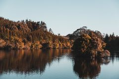 Island in the middle of a lake Royalty Free Stock Photos