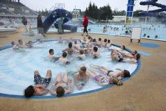 island reykjavik Laugardalslaug-Swimmingpool stockfotografie