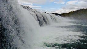Island, Wasserfall, nähern sich durch goldenen Kreis stockbilder