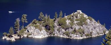 Islandi n Emerald Bay. A small island in Lake Tahoe's Emerald Bay Stock Photos