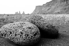 Islandia - playa negra de la arena Fotografía de archivo