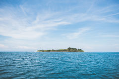Islands in blue ocean Royalty Free Stock Images