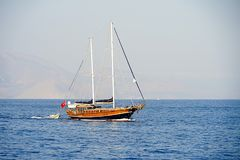 Islands, Blue sea and blue tour boats yachting Royalty Free Stock Photography