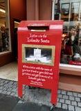 Islandzka Santa skrzynka pocztowa, Laugavegur ulica, Reykjavik, Iceland Zdjęcia Royalty Free