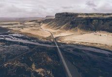 Islandzkie panoramy, widok z lotu ptaka na ziemiach zdjęcie royalty free
