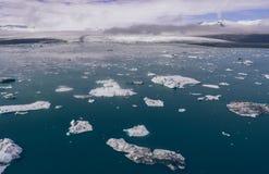 Islandzkie panoramy, widok z lotu ptaka na ziemiach zdjęcia stock