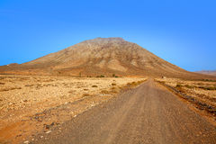 Islas Canarias de Fuerteventura de la montaña de Tindaya Imagenes de archivo