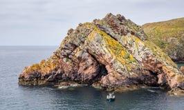 Islas de Berlengas, Portugal: Formación de roca hermosa en la reserva de Berlengas fotografía de archivo libre de regalías
