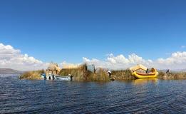 Islas de los Uros, lago Titicaca, Peru imagem de stock