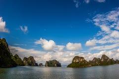 Islas deshabitadas en el mar del sur de China Fotos de archivo