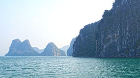 Islas largas de la bahía de la ha imagen de archivo