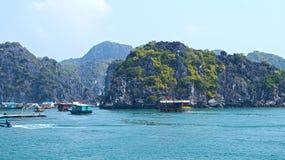 Islas largas de la bahía de la ha fotografía de archivo