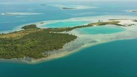 Islas y arrecife de coral tropicales, Filipinas, Palawan metrajes