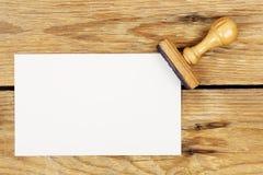 islated kontorsstället för bilden 3d framför inskriften stämpeln vit Fotografering för Bildbyråer
