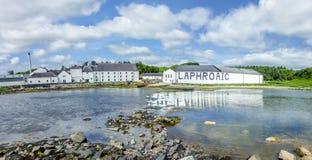 Islay, Schotland - Juni 2, 2014: Wisky die in de huizen van Laphroaig opslaan Stock Foto